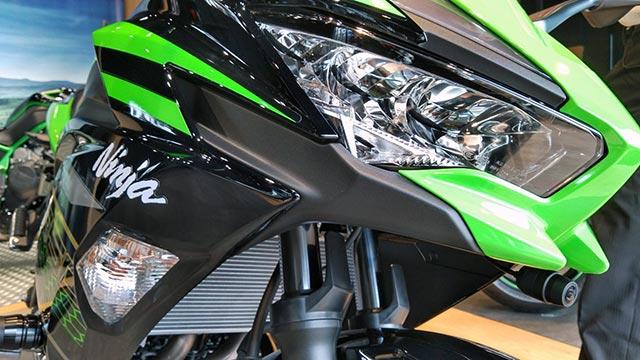 Ninja-650-KRT-EDITIONの顔アップ